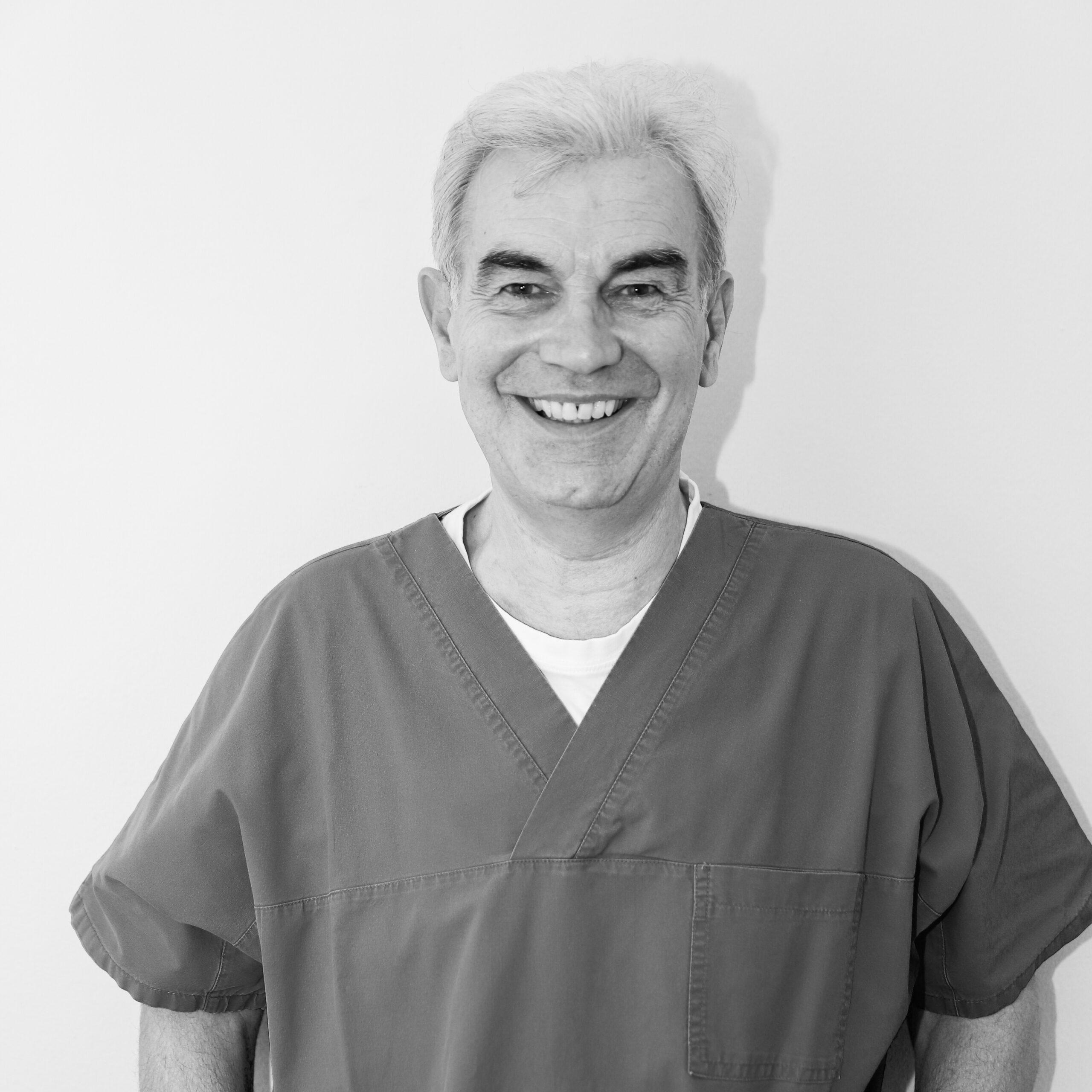 Dr. M. Morelli