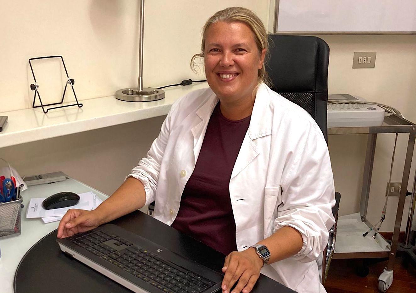 Da novembre in IRV la dott.ssa Claudia Menghetti – Specialista in chirurgia della colonna vertebrale degenerativa e oncologica